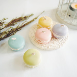 Macaroon Candles